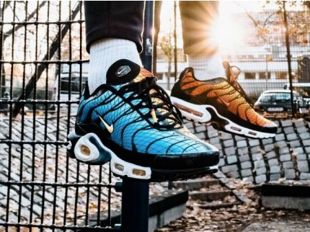 Nike Air Max PLUS TXT TN SE Greedy Naranja Azul AV7021-001 Hombres